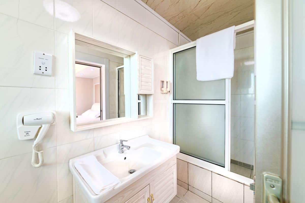 _River-Vew-Rooms-hotel-Dominica2169_70_71